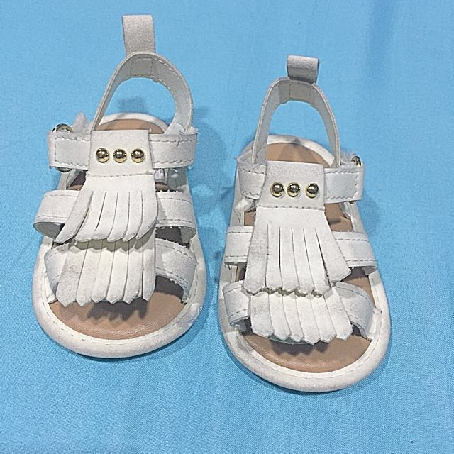 Babies Shoes (brand: first steps, size: 9-12mos, bought in USA)