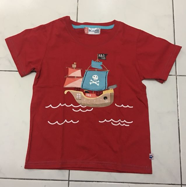 Big and Small Red shirt