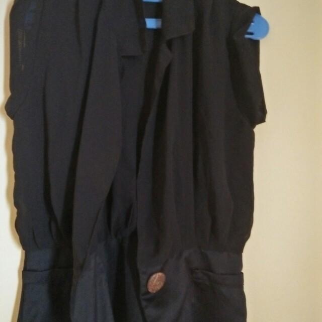 Black blazer lengan pendek