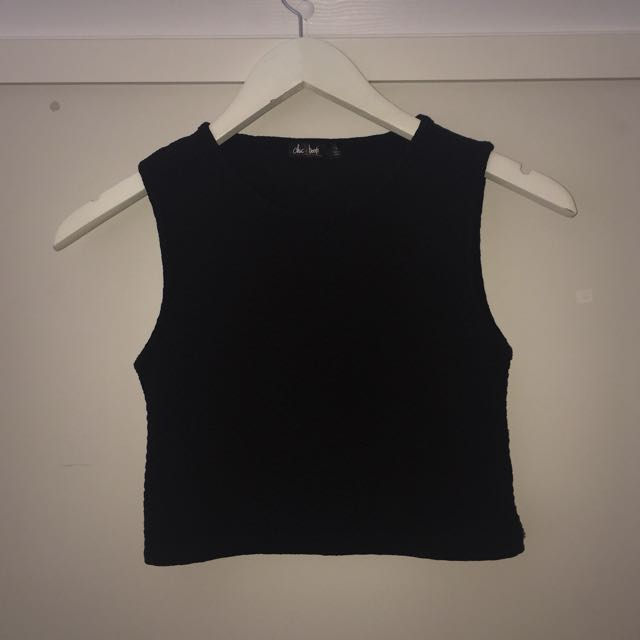 Black 'chic a booti' crop top