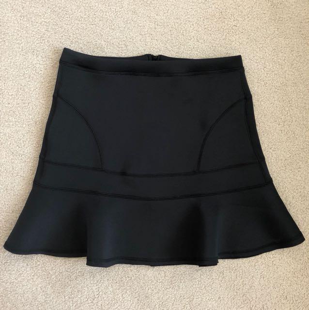 Black Scuba Material Skirt - Harvé Bernard