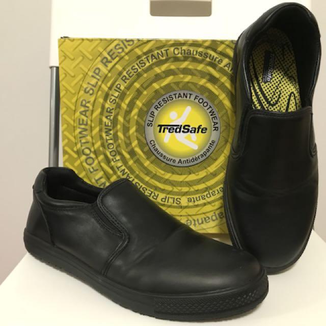 Black Shoes (Slip Resistant)