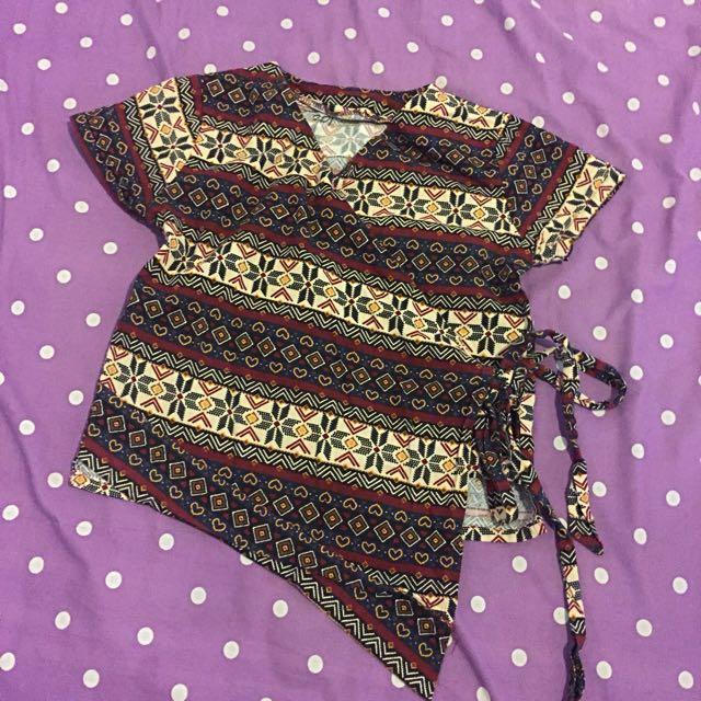 Blouse batik kimono