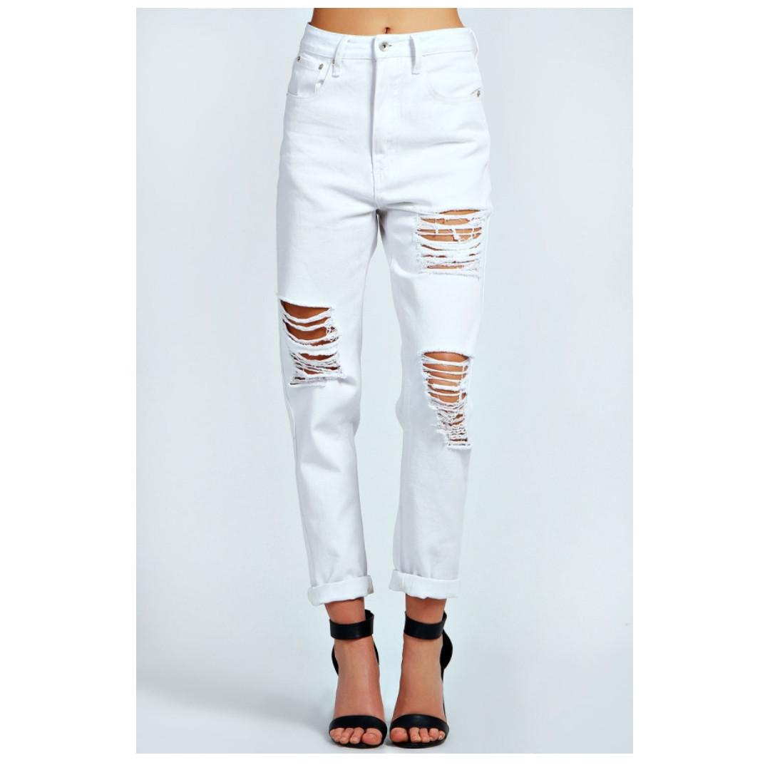 Boohoo White Boyfriend Jeans - Size 14