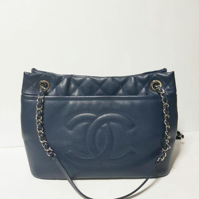 Chanel timeless tote in navy #15
