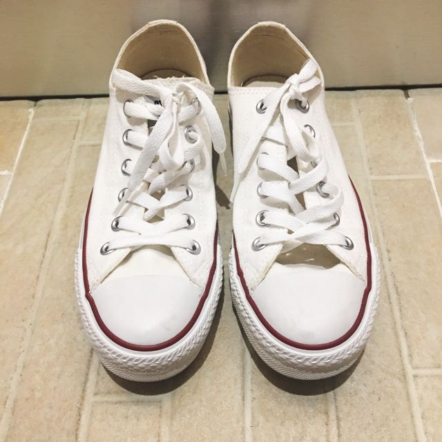 Converse white canvas