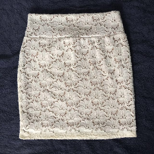 Cotton on lace skirt