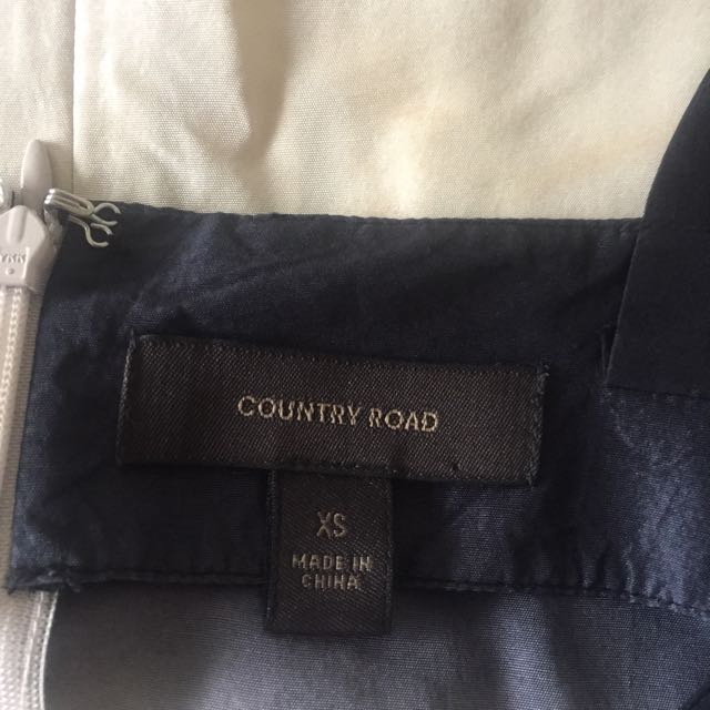 Country road 100% silk top!!