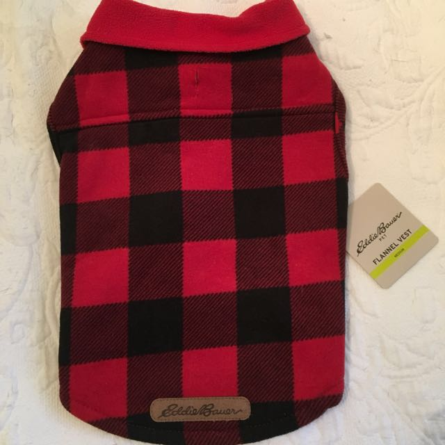 Eddie Bauer BNWT Buffalo Plaid Fleece Dog Coat