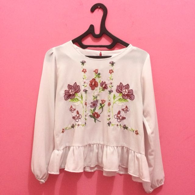 Floral White Longsleeve Shirt