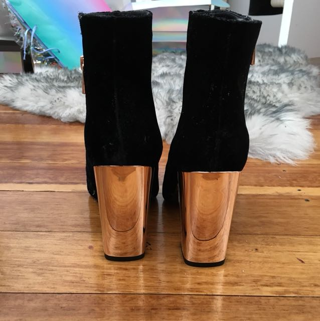 Forever new gold boot heel