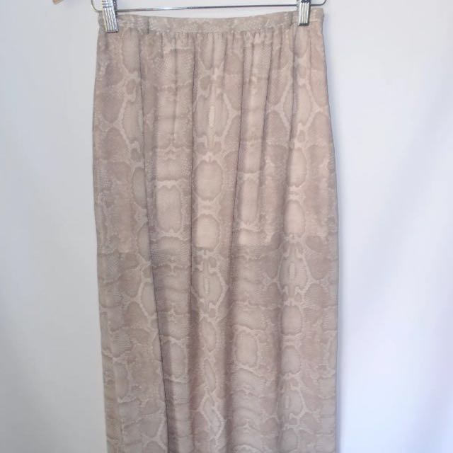 Forever New skirt size 12