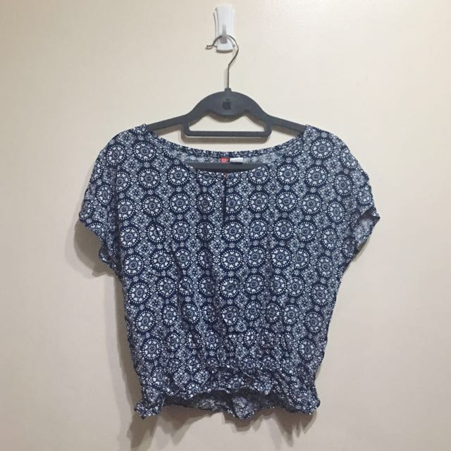 H&M Printed Cropped Blouse