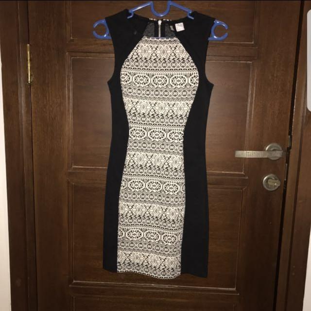 HnM Divide dress