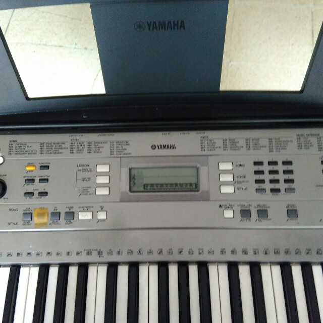 Keyboard Yamaha Type E-353