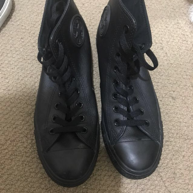 Leather converse men's size 7
