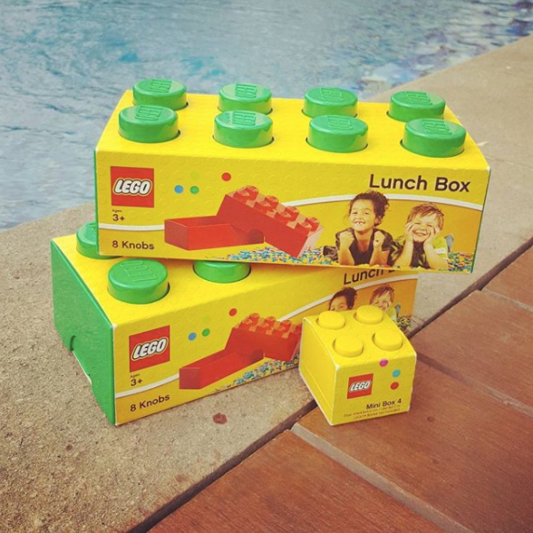 .Lego Rectangle Lunchbox in Green (brand new).