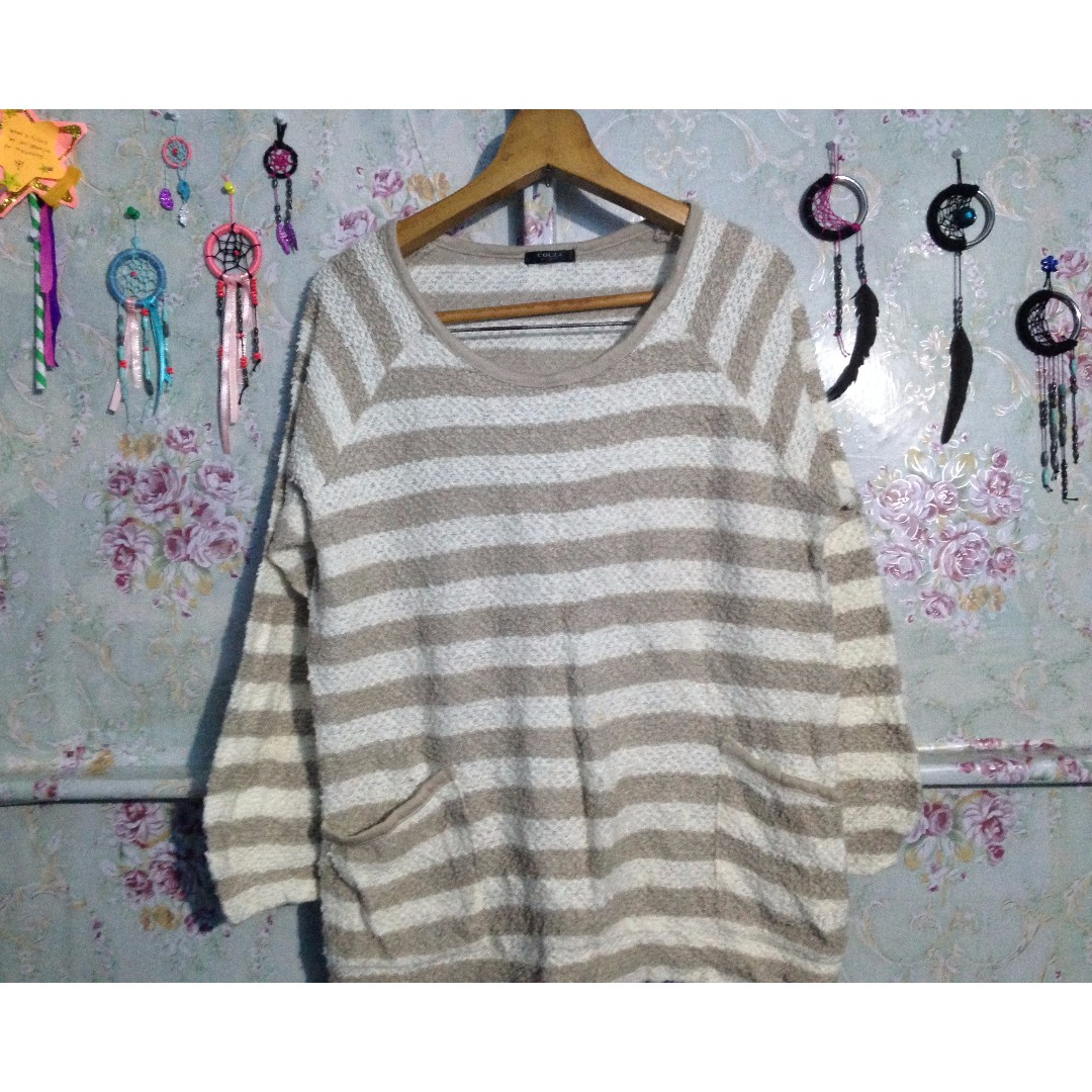 light brown knitted pullover