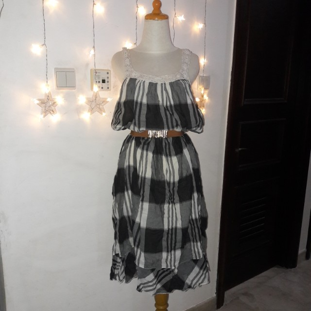 Long dress kotak2
