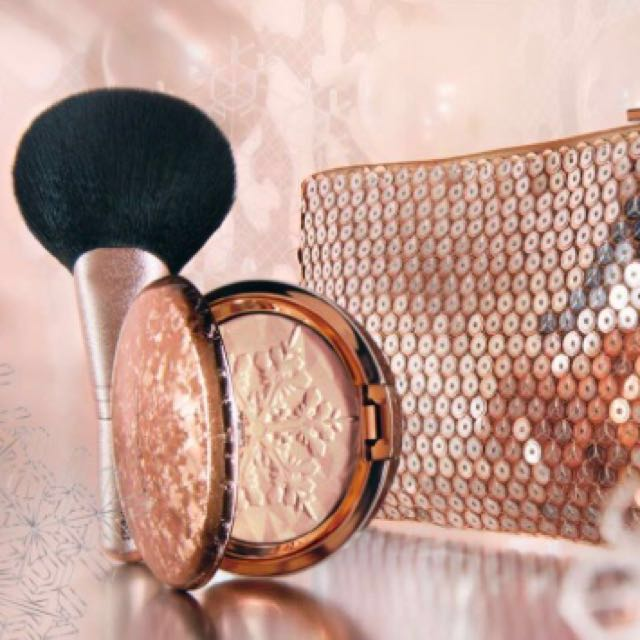 MAC Snow Ball Holiday Peach Face Bag - IN STOCK - feat. Whisper of Gilt