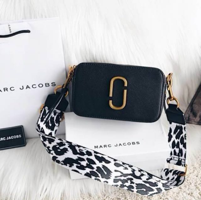Marc Jacobs Classic Snapshot Small Camera Bag