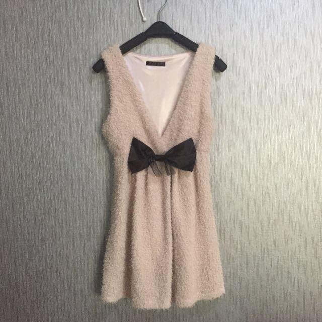 Mini Dress Beludru with a Bow
