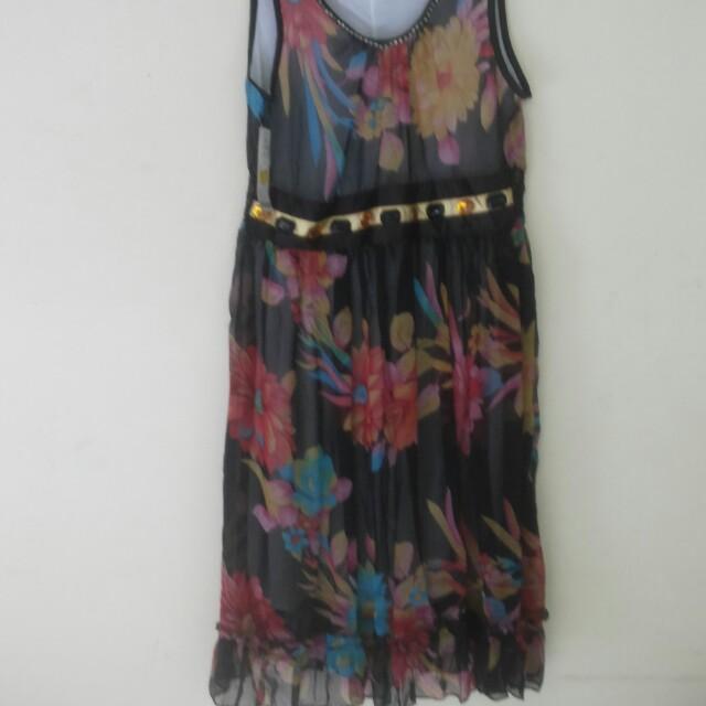 Mini dress motif
