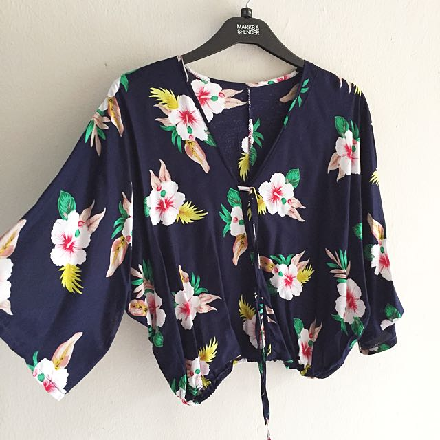 Navy floral crop blouse