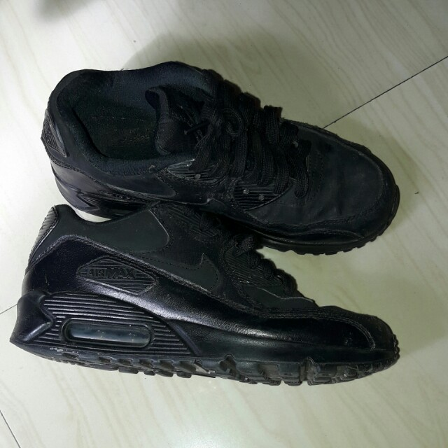 Nike airmax( see pictures for details)