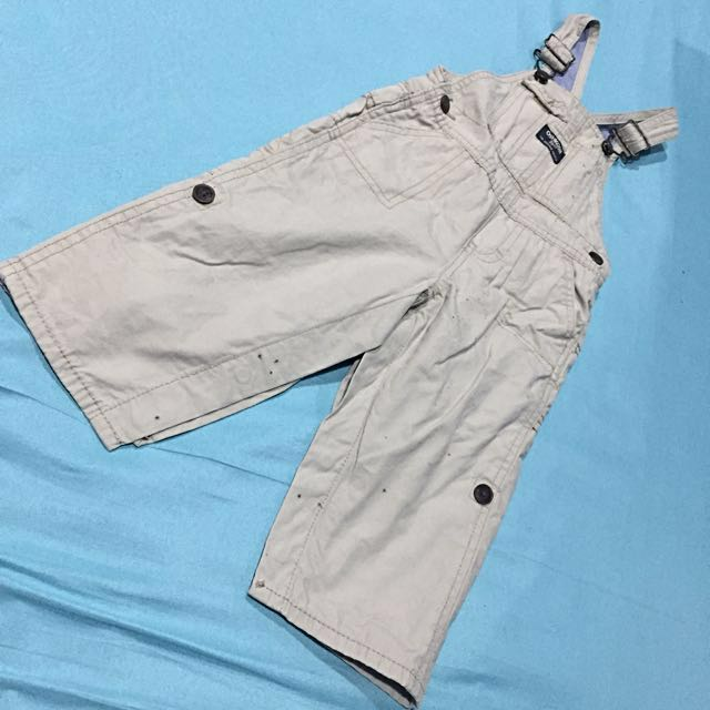 Oshkosh Bigosh jumper and polo shirt set size 18mos with removable stain (stain from storage)