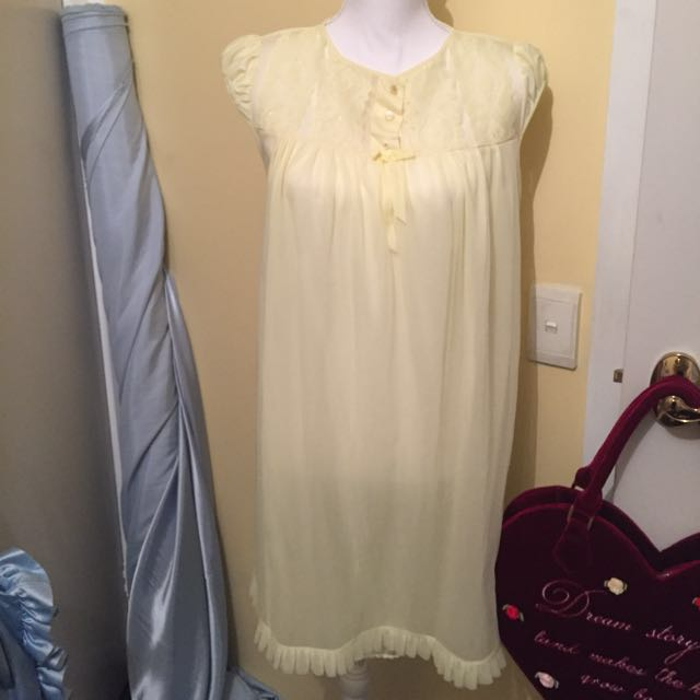 Pale Pastel Yellow Lace Vintage Babydoll Bed Dress