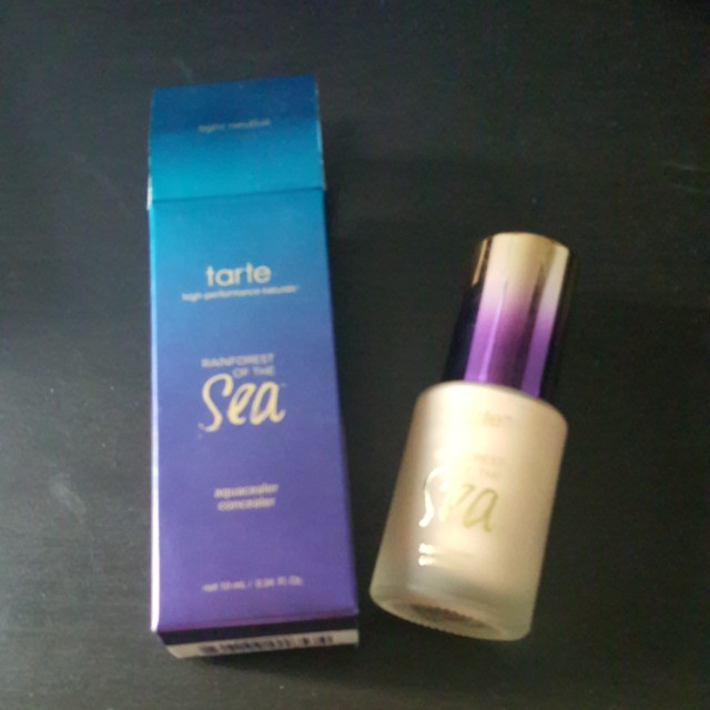 Rainforest of the sea concealer
