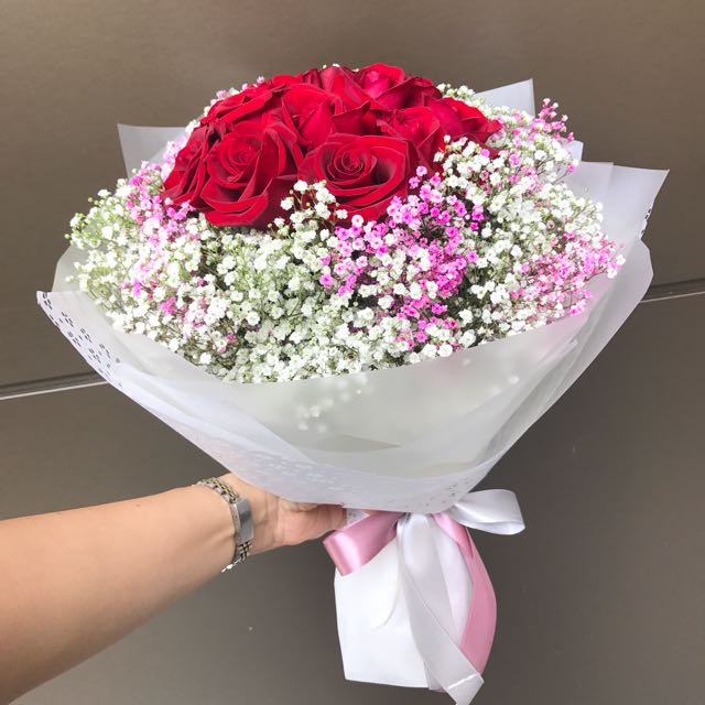 Roses with pink and white Baby Breath Bouquet