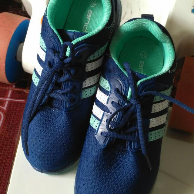 Sepatu Ando size 40