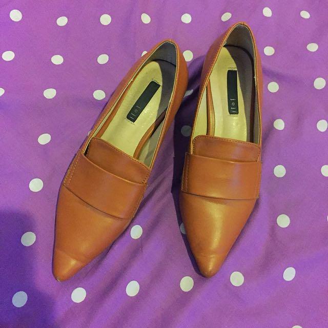 Sepatu kantor size 36 bowbow joji