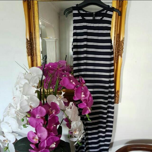 Stripe cross back dress(tight fitting)
