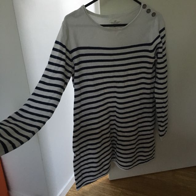 Striped light knit