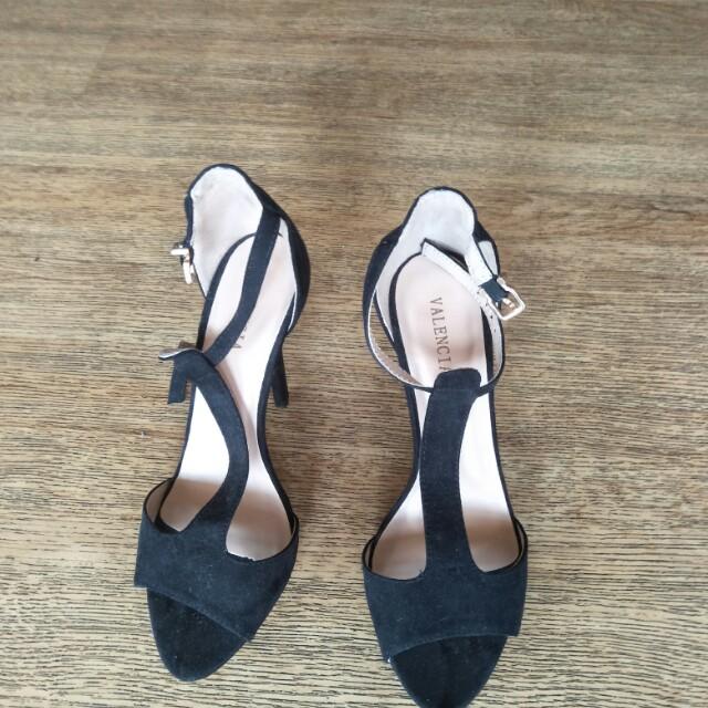 Valencia heels size 37