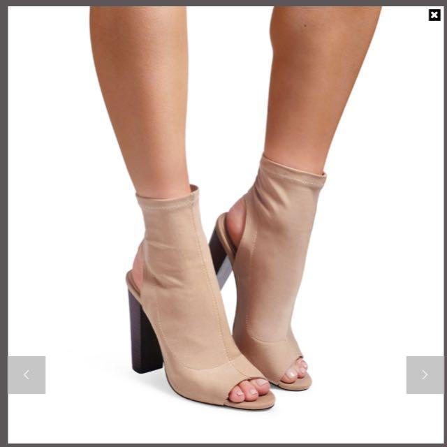 Women Billini nude high heel boot shoes BRAND NEW