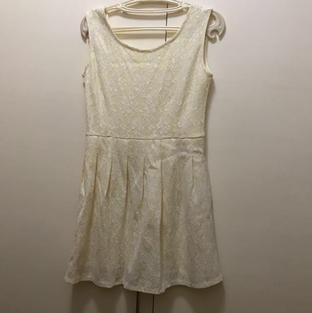 Yellow Lace Dress (S-M)