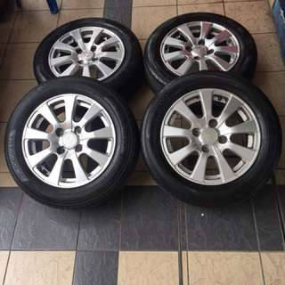 Original sports rim persona 15 inch tayar 70% ada nampak mummy happy????