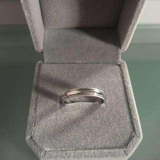 18k White Gold Tiffany Design Ring