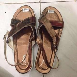 Sepatu sendal marlee