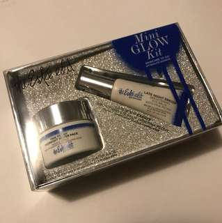 The Estée Edit Mini glow kit
