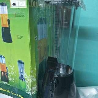 Beer or juice dispenser