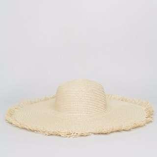 Glamorous Straw Floppy Sun Hat with Frayed Edge
