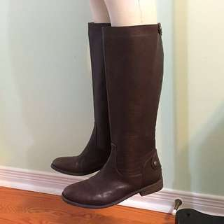 BCBGeneration Brown Leather Boots