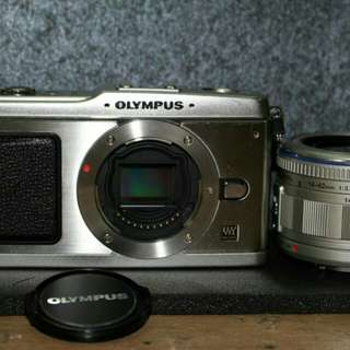 Olympus pen ep1 with lens