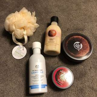 The body shop tote set