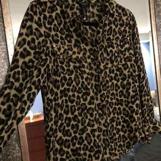 Black & White Leopard pattern silk top, size 2P